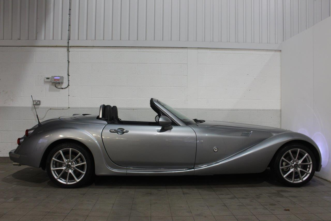 Mitsuoka Roadster manual sillver side