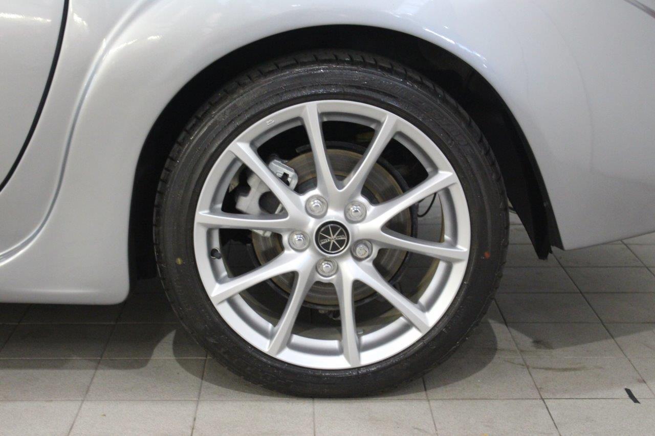 mitsuoka roadster alloy wheel